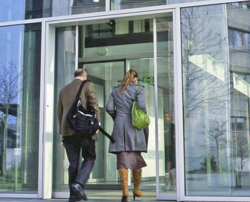 Siatec la conferința Specialiştii ferestrelor, faţadelor şi sticlei